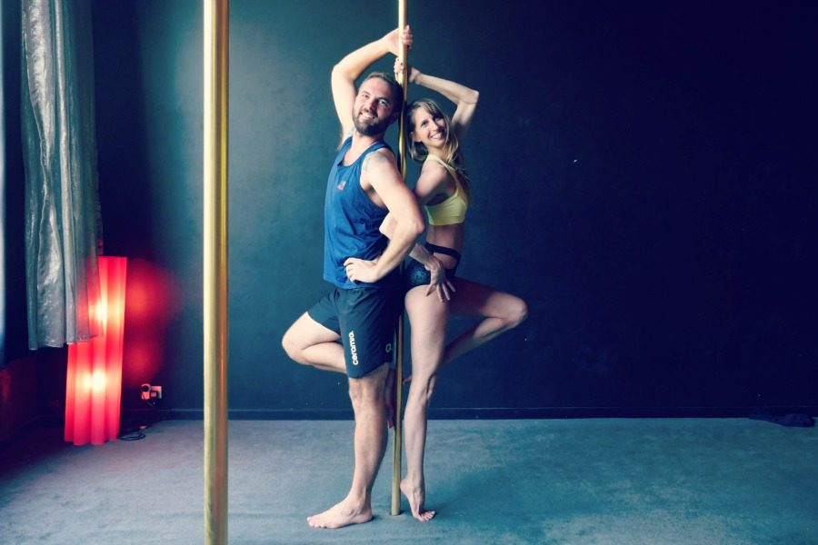 homme-pole-dance