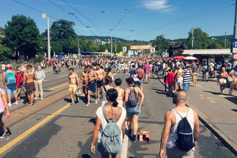 street-parade-zurich