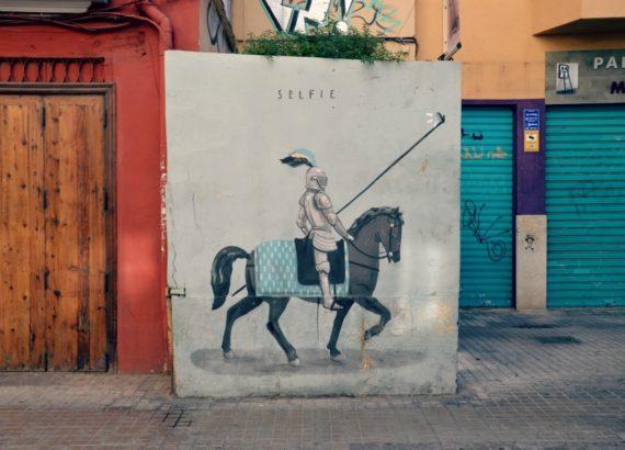 selfie-street-art